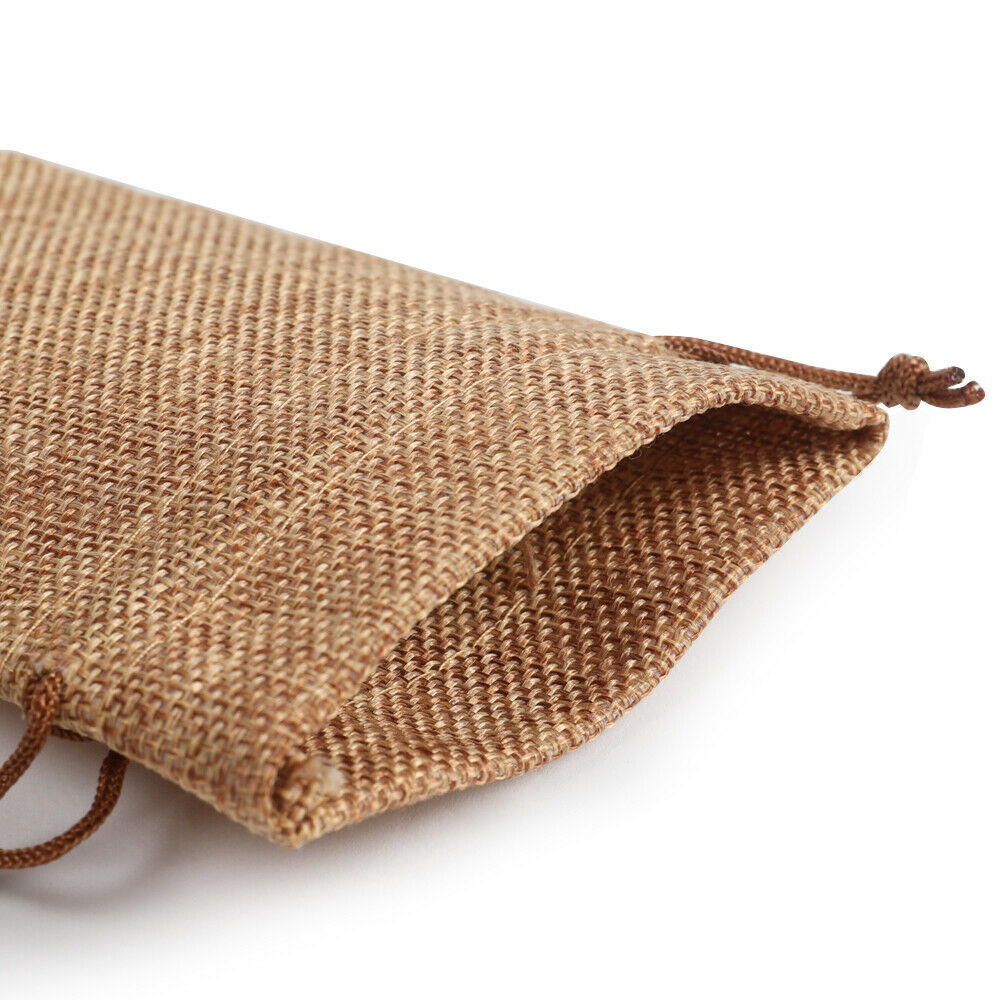Double drawstring jute bag, easy fasten with soft liner.